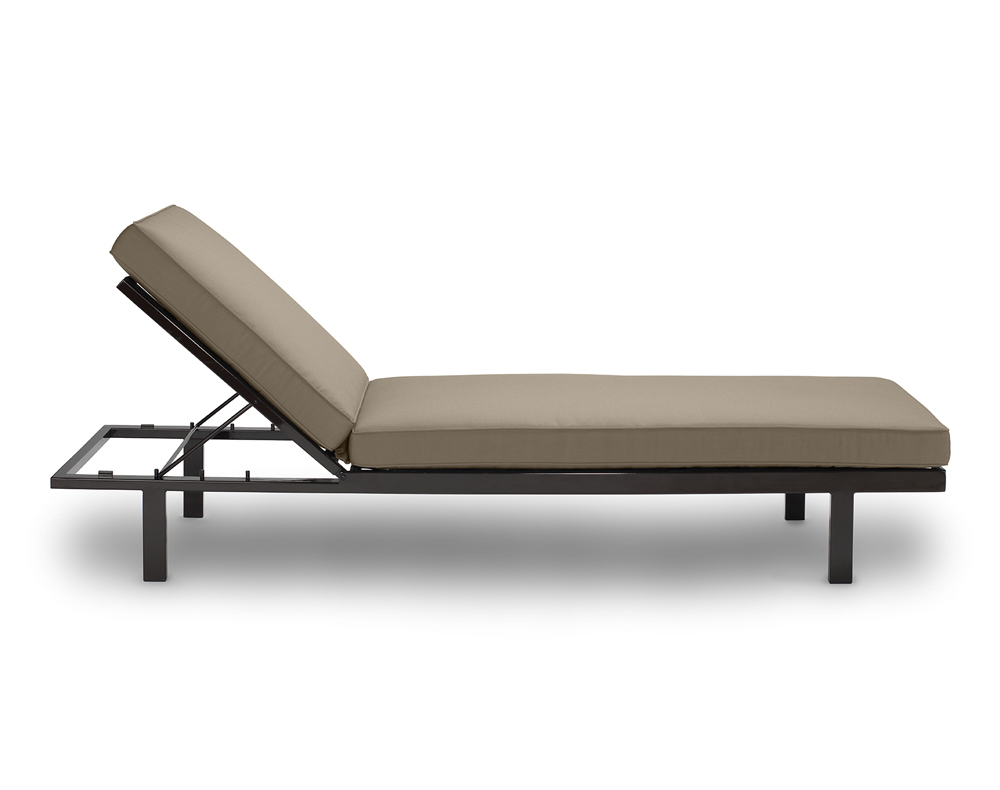 02_Chaise_Side_Espresso_Taupe